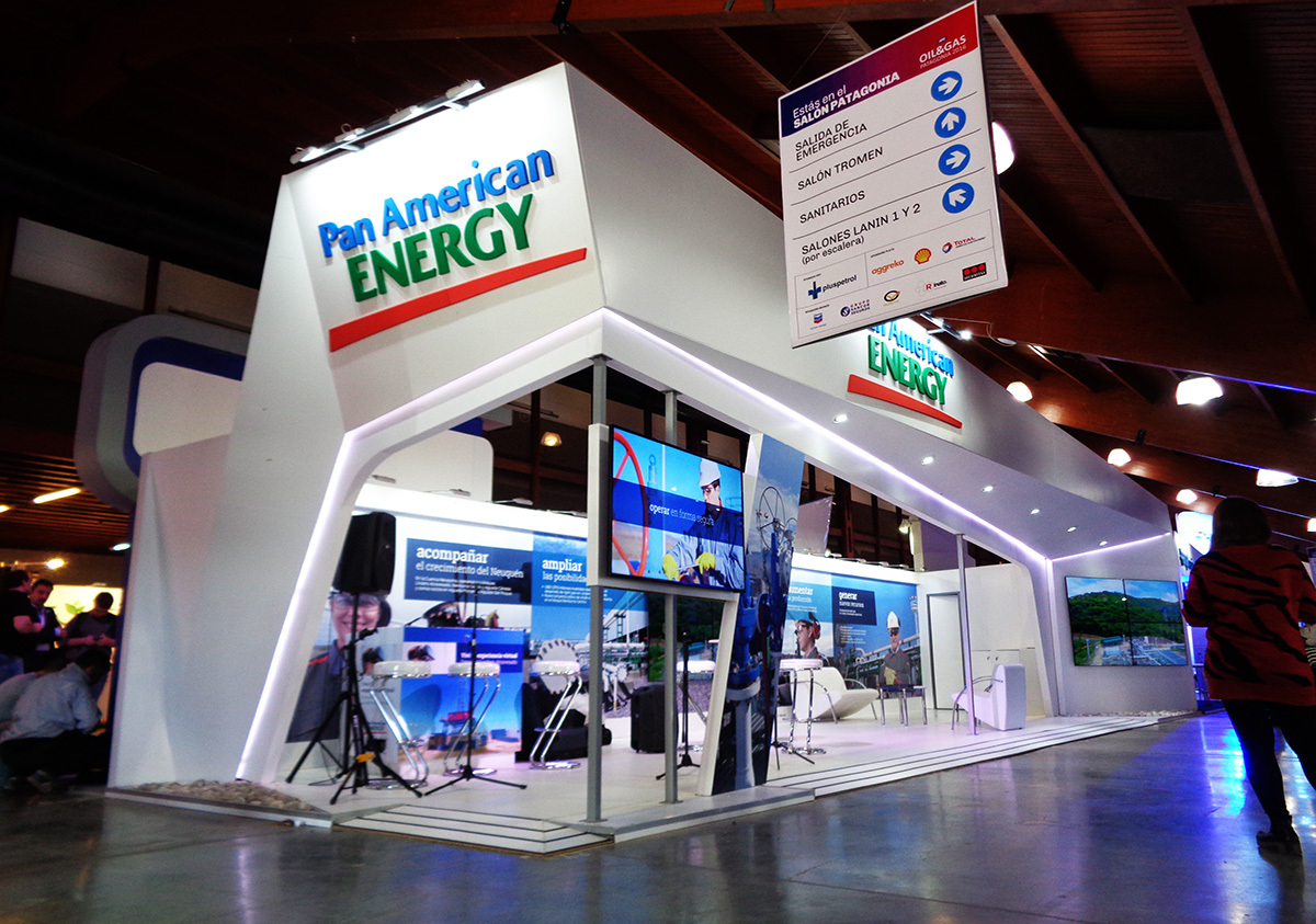 STAND PAN AMERICAN ENERGY - OIL & GAS PATAGONIA 2016